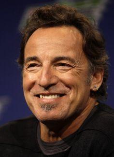 Bruce Springsteen.  weblogs.baltimoresun.com