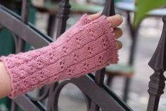 Trendige Armstulpen stricken mit dem Sockenwunder – Anleitung