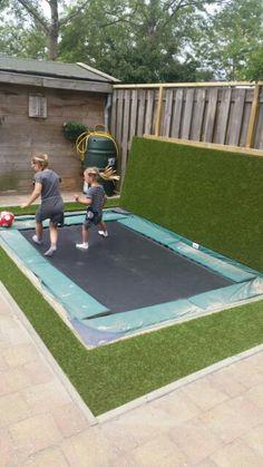 In Ground Trampoline, Backyard Trampoline, Backyard Patio Designs, Yard Design, Patio Ideas, Trampolines, Backyard Treehouse, Exterior House Colors, Back Gardens