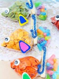 Go Fish Snack Bags - End of schoolyear party - Kids Snacks Cute Snacks, Snacks Für Party, Fun Snacks For Kids, Cute Food, Kids Meals, Healthy Preschool Snacks, Pre School Snack Ideas, Kid Snacks, Healthy Snacks