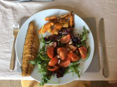 Friday is fish and chips day! Mackerel with sweet potato chips and salad, easy as pie and full of nutrition #weightloss