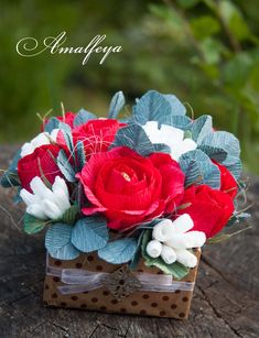 Букет із гофропаперу із цукерками / crepe paper #crepepaperflowersdecoration
