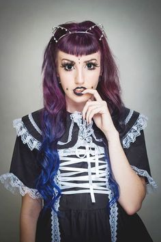 Lovin the Lusty Lavender and Blue Envy  photography Retro Dolly Photography makeup Beauty by Lauren Model Lynsey Lolita