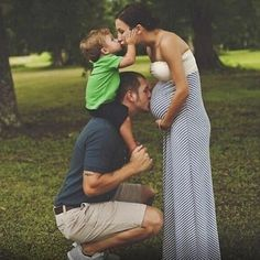 From the Article: 19 Things Dads Do That You Won't See In Popular Culture | Appreciate Their Mother. What a great photo.