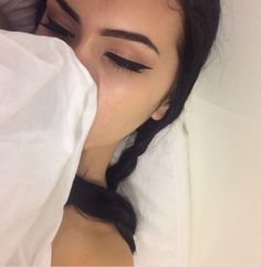 Image about girl in eyebrows + liner 🙏 💯💕 by Bambie Gorgeous Makeup, Pretty Makeup, Love Makeup, Beauty Makeup, Makeup Looks, Hair Beauty, Kiss Makeup, Hair Makeup, Selfies