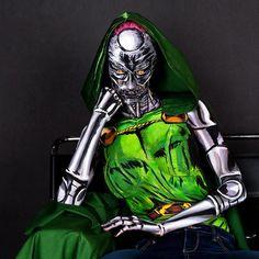 Body Painting Superheroes – Les étonnants cosplays de Kay Pike (image)