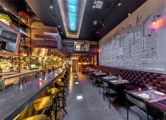 NYC: New Restaurant Willow Road Travels Back To Its Nabisco Roots - Food Republic Tapas Restaurant, Restaurant Marketing, Restaurant Design, Restaurant Interiors, Pub Design, Interior Design Magazine, Interior Design Kitchen, New York Food, York Restaurants