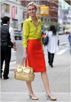 Ignore the shoes and the bag, and focus instead on the shirt, skirt, and necklace. Loving the unexpected mix of color, and the classic silhouette of this look.