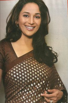 Beautiful Bollywood Actress, Most Beautiful Indian Actress, Madhuri Dixit Saree, Super Hot Photos, Bollywood Designer Sarees, Modern Saree, Vintage Bollywood, Stylish Girls Photos, Indian Celebrities
