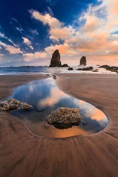 Low Tide, Cannon Beach, Oregon, USA