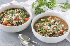 This Turkey, Kale and Rice Soup is a hearty soup that's full of flavor, and it's good for you too! Crockpot Recipes, Soup Recipes, Cooking Recipes, Chilli Recipes, Slow Cooking, Cooking Ideas, One Pot Meals, Tomato And Cheese, Rice Soup