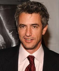 Dermot Mulroney. Hot oldER guy.. Jess' new boyfriend on New Girl. I see you gurrlll. Gotta love a hot dad