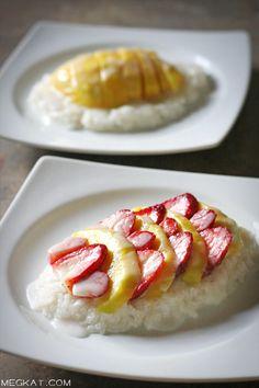 Coconut sticky rice w/mango & straberries..mmmmhhh!