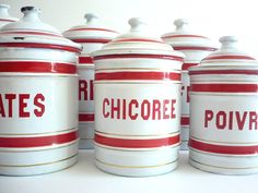 French Vintage Canisters, Vintage Dishes, Vintage Kitchen, French Images, I See Red, Romantic Shabby Chic, Vaseline Glass, Red Kitchen, Kitchen Collection