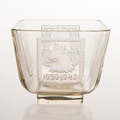 'Mottimalja' 1939-1942, Riihimäen Lasi Oy. Glass Design, Design Art, New Pins, Finland, Modern Contemporary, Retro Vintage, Pottery, Ceramica, Pottery Marks