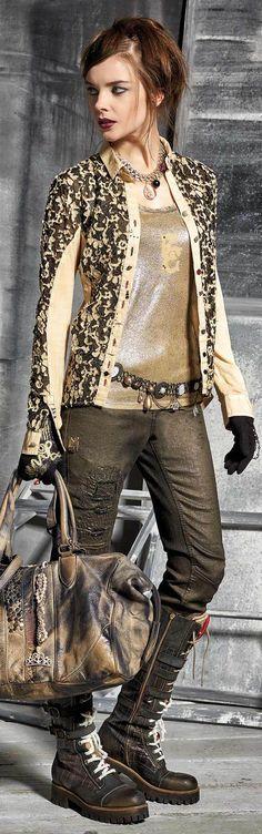 Elisa Cavaletti    Fall / Winter 2015-16    Ready-to-Wear