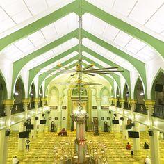 Semoga dikasih kesempatan lagi lain kali buat ngunjungin masjid2 cantik dibumi yang indah ini. . Masjid yang dibangun tahun 1824 ini oleh…
