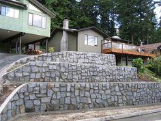 10 Natural Rock Garden Walls