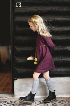 1512: Design 16 Kjole med rundt bærestykke #strikk #knit Children Clothes, Nook, Knits, Knit Crochet, Girl Fashion, Barn, Knitting, Girls, Sweaters