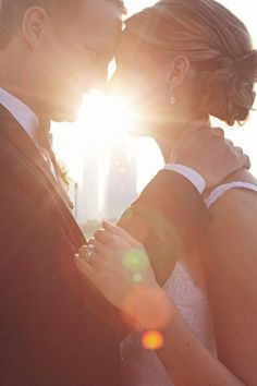 sunlit love in chicago | imagination photography | via: style me pretty