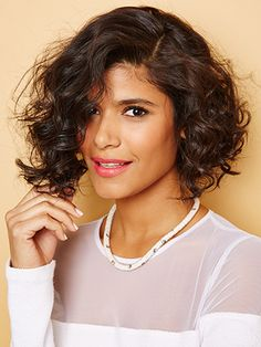Makes me want to cut my hair short! What To Expect When You Go Short With Your Curly Hair #Refinery29