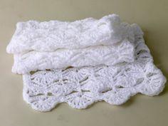 Free Crochet Pattern 60290AD Crochet Throw : Lion Brand Yarn Company
