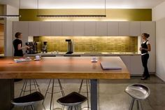 Article on Must-Haves for an Office Kitchen
