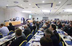 Plný sál zástupců stavebních firem v hotelu Olympik Artemis v Praze na 9. ročníku Fóra českého stavebnictví.