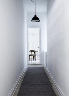 Yvonne-Koné apartment Copenhagen | Jute hall runner