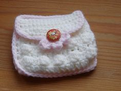 Ravelry: Small Coin Purse with button pattern by HappyBerry