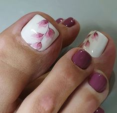 stylish and delicate toenails design example - Page 56 of 100 - Inspiration Diary Pretty Toe Nails, Cute Toe Nails, Toe Nail Color, Toe Nail Art, Pedicure Nail Art, Nail Manicure, Pedicure Design, Bling Nails, My Nails