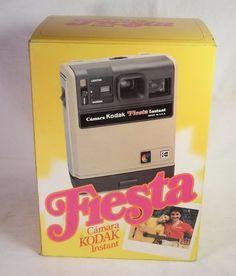 Vintage KODAK FIESTA Camara Instant Camera Spanish Eastman Kodak Co. 1980 w…