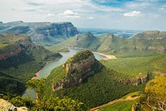 landscape photography of mountains under blue sky Blyde river canyon South Africa [OC] - Johnzell - Kruger National Park Safari, National Parks, Leeds, Best Places To Honeymoon, South African Wine, Rest Of The World, Best Photographers, Thailand Travel, Landscape Photography