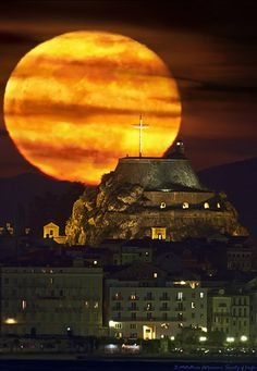 Full Moon, Corfu Old Fortress & Old Town, Greece. OMG.. I would book a vacation just to see this.