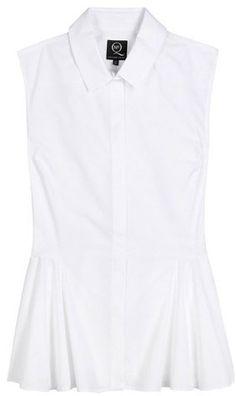 Pin for Later: In diesem Frühjahr wird die weiße Bluse vom Büro-Klassiker zum echten Hingucker  McQ by Alexander McQueen ärmellose Baumwollbluse mit leichtem Peplum-Schößchen (270 €)