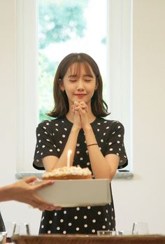 Sooyoung, Kim Hyoyeon, Yoona Snsd, Kpop Girl Groups, Korean Girl Groups, Kpop Girls, Im Yoon Ah, Kwon Yuri, Book Girl