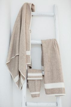 Bring home the ultimate wellness experience with our Simi collection! This terry towel collection consists of a linen-cotton blend, which gives the fabric some unique properties. Both flax and cotton fibers are very absorbent. Guest Towels, Bath Towels, Terry Towel, Bath Sheets, Washing Clothes, Fabric, Cotton, Shelter, Wellness