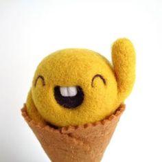 Hiiiiiiiiiii!!! Have a great weekend!! https://droolwool.zibbet.com/.....#doolwool #weekend #scoopsiemango #handmadearttoy #cutearttoy #kawaiiarttoy #cuteicecream #kawaii #kawaiiartist #kawaiiart #yellow #mango #mangoicecream #smileyicecream #kawaiiicecream #needlefelting #feltedicecream #softsculpture