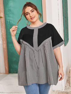 Big Size Fashion, Curvy Fashion, Flattering Plus Size Dresses, Plus Size Outfits, Dress Neck Designs, Blouse Designs, Plus Size Chic, Tunic Blouse, Classy Dress