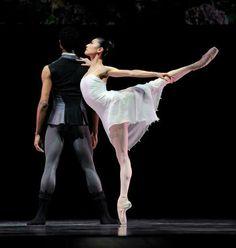 "I've had the pleasure of watching her dance. mind-likea-diamond: "" Yuan Yuan Tan of San Francisco Ballet "" Dancers Body, Ballet Dancers, Ballet Couple, Dance It Out, Dance Pictures, Dance Pics, Dance Stuff, Dance Tights, Dance Movement"