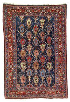 Lot 49. Bijar rug, North West Persia, Kurdistan. 160 x 107 cm. Late 19th century. Estimate 6,800.00 €