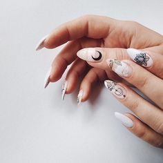 Nail art Christmas - the festive spirit on the nails. Over 70 creative ideas and tutorials - My Nails Cute Nails, Pretty Nails, Hair And Nails, My Nails, Round Nail Designs, Vampire Nails, Nailart, Manicure, Teal Nails