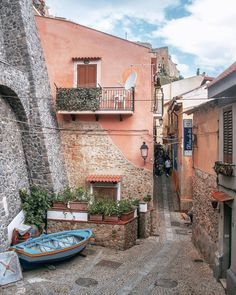 by  @ilpizzicaluna  chosen by @bunyms  #VSCOGoodShot #City #Scilla #Italy
