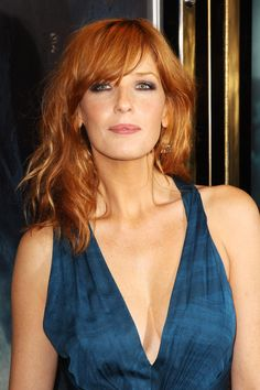 Kelly Reilly Bangs.