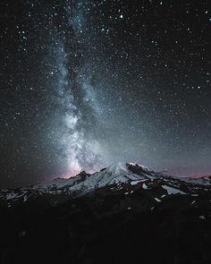 seattle (@dipsauce) on Instagram: Mt Rainier under the stars (Washington)