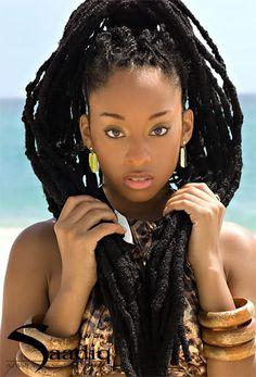 ## COMMENT DEMARRER AVEC OU ENTRETENIR SES LOCKS?   Avant de démarrer, il est préférable d'avoir au moins dix centimètres de cheveux au moment de la formation des locks. Lavez soigneusement vos cheveux tout les jours pendant au moins une semaine et séchez-les bien avant de débuter.    Pour former vos locks, il existe plusieurs techniques, à vous de choisir celle qui vous conviendra le mieux ....  ### http://afromarket.fr/?p=231