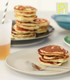 SOOOOOO good!!  Vananamon Pancakes  1 banana  1 egg  1/2 vanilla AdvoCare meal replacement shake  1 tsp cinnamon    Mix together for 2 minutes or until soft  Pour on hot griddle, silver dollar size    AMAZING PANCAKES !!!!!    www.facebook.com/...