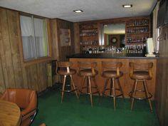 wood paneling decor is a really fun room: the bar/ lounge! 1980s Interior, Retro Interior Design, Retro Design, 1970s Decor, Retro Home Decor, Wood Paneling Decor, Bar Lounge, Wood Interiors, Cool Rooms
