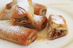 Tikvenik - traditional Bulgarian sweet pumpkin pastry, the dessert on Christmas Eve dinner for the Bulgarians Serbian Recipes, Bulgarian Recipes, Bulgarian Food, Anton, Bulgarian Desserts, Eastern European Recipes, Bond, Macedonian Food, Sweet Pastries