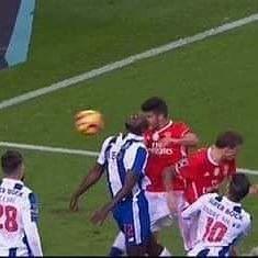 Resultado: FC Porto 1-1 SL Benfica Lisandro Lopez  #RumoAo36 #Juntos #SejaOndeFor